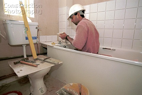 Maintenance Operations Tiling around the bath