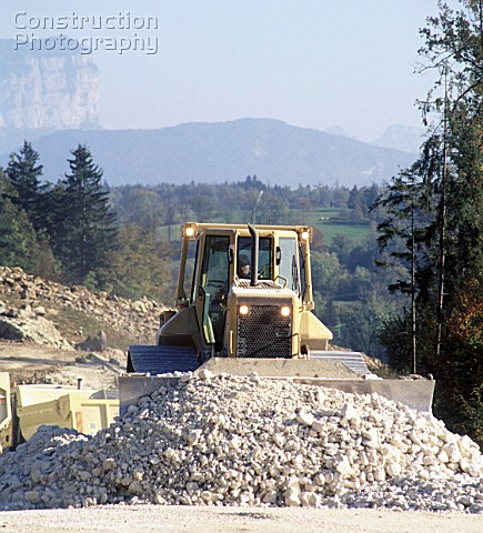 A012-00787: AS bulldozer uses chalk from the big cutting ...