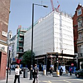 Building covered with a safety scaffolding Net
