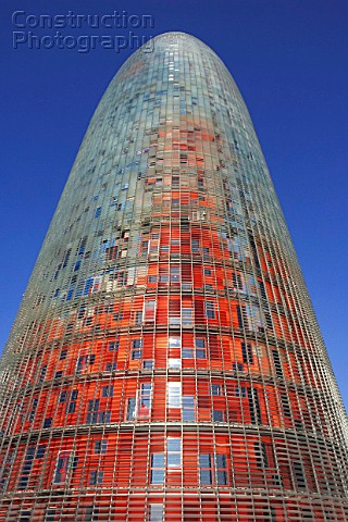 a024 00310 the 144 meters torre agbar tower in barcelon construction photography. Black Bedroom Furniture Sets. Home Design Ideas