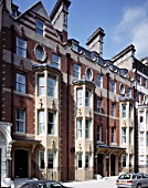 Modern construction in a traditional style, in the heart of Westminster Borough.