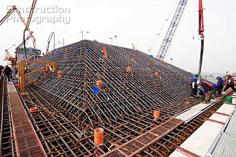A148 00026 Construction Of Massive Pylon Foundations Fo