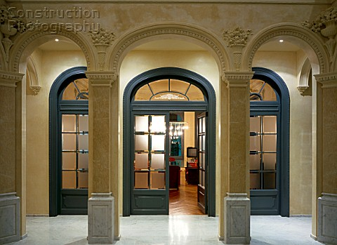 A151-00950_View_of_an_arched_open_doorway.jpg