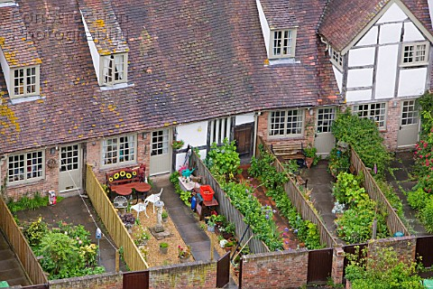 A Old Houses And Back Gardens In Tewkesbury U - Pictures of back gardens