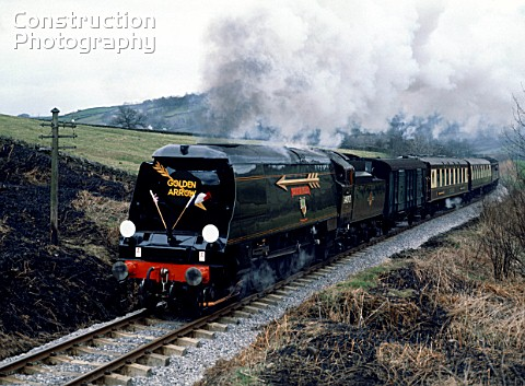 KWVR The Golden Arrow No34092 City Of Wells leaves Damems Loop for Oakworth 1480